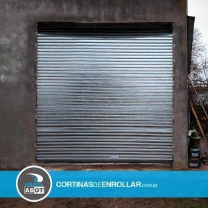 Cortina Galvanizada Ciega en Galpón - Cortinas de Enrollar - Galpón en Macachin - La Pampa
