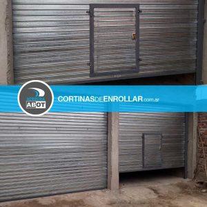 Cortina Galvanizada Ciega en Comercio - Luis Beltrán - Río Negro. Cortinas de Enrollar - Herrería Abot