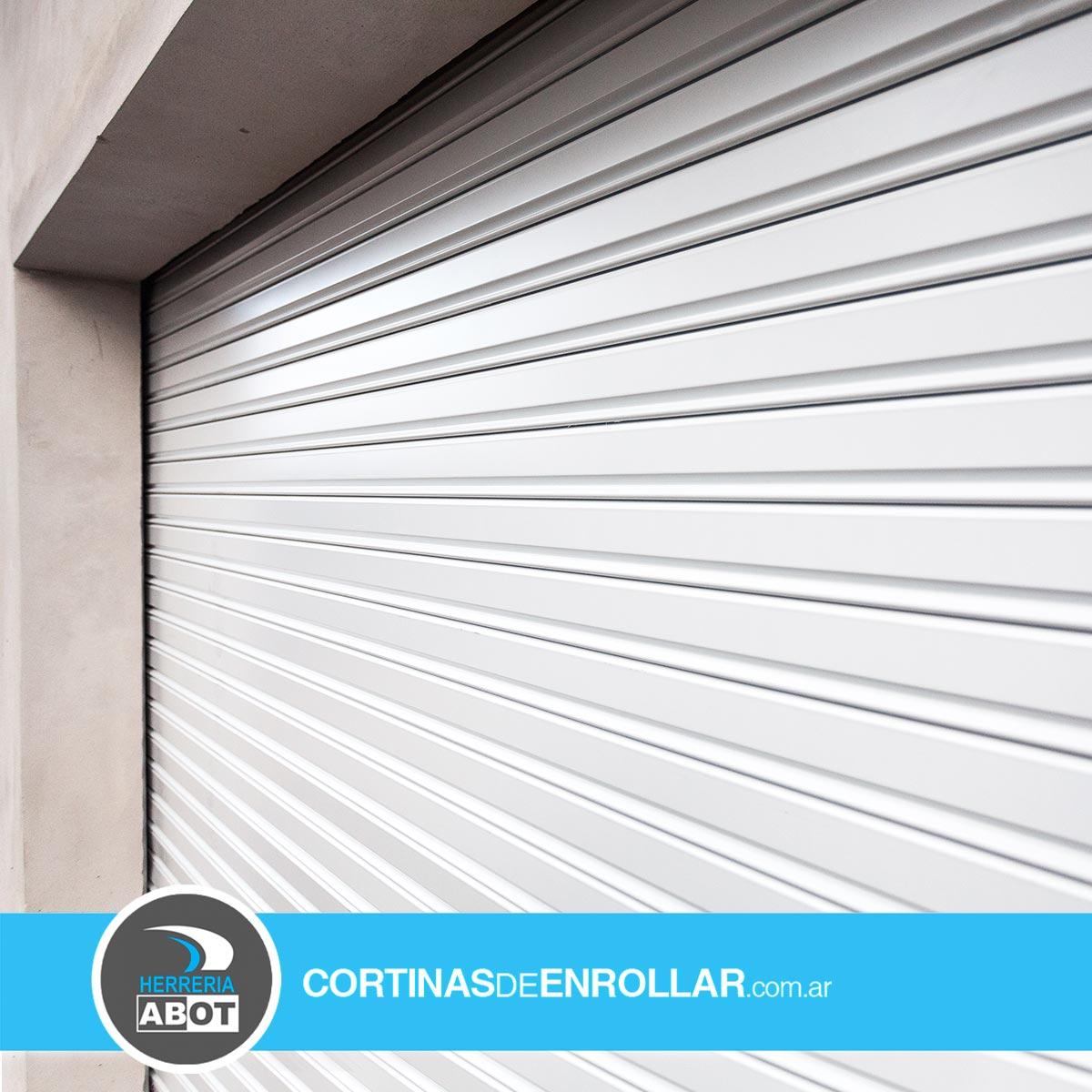 Cortina de Enrollar Blanca Ciega para Garage (Coronel Suárez, Buenos Aires)