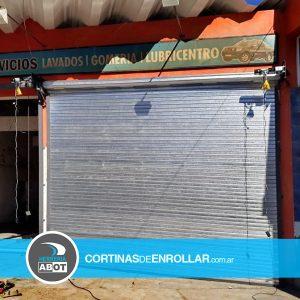 Cortina Ciega de Enrollar en comercio (Chosmalal, Neuquén)