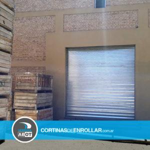 Cortina Galvanizada Ciega para Galpón en Centenario - Neuquén - Cortinas de Enrollar - Herrería Abot