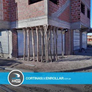 Cortinas de Enrollar Galvanizadas Ciegas para Comercio (Allen, Río Negro)