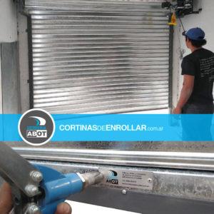 Cortinas de Enrollar Galvanizadas Ciega para local comercial (General Roca, Río Negro)