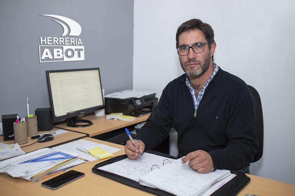 Pablo Abot - Cortinas de Enrollar - Herrería Abot